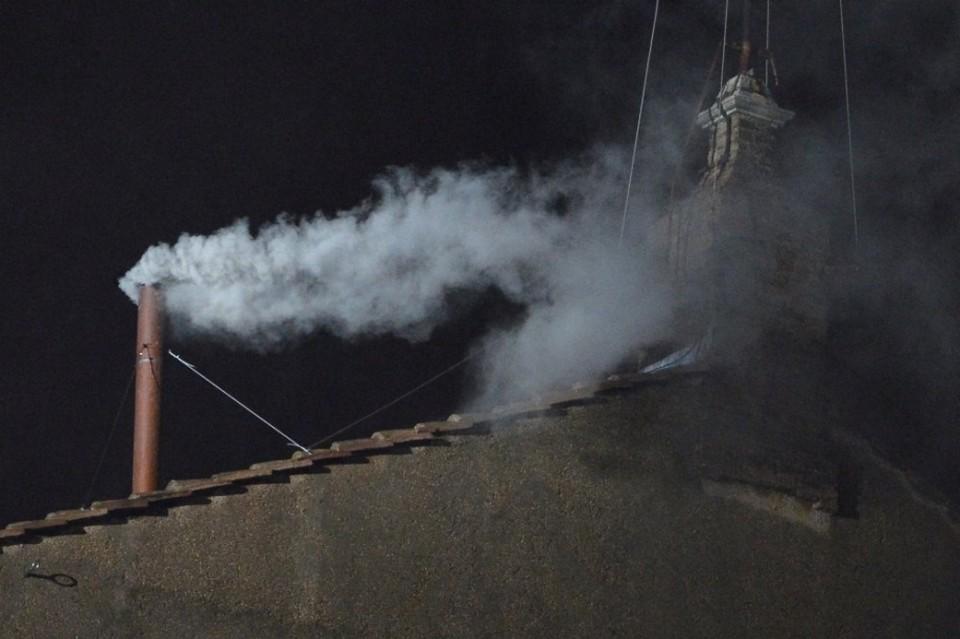 La fumée blanche