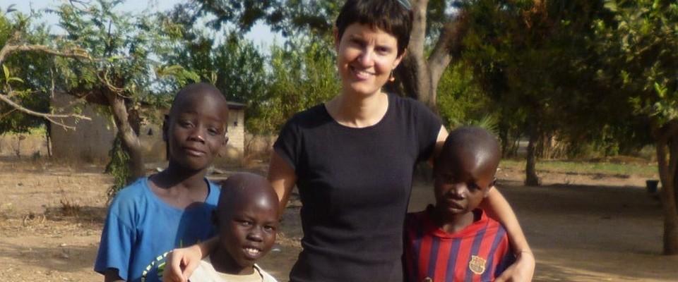 Tchad - Claire et les enfants - une