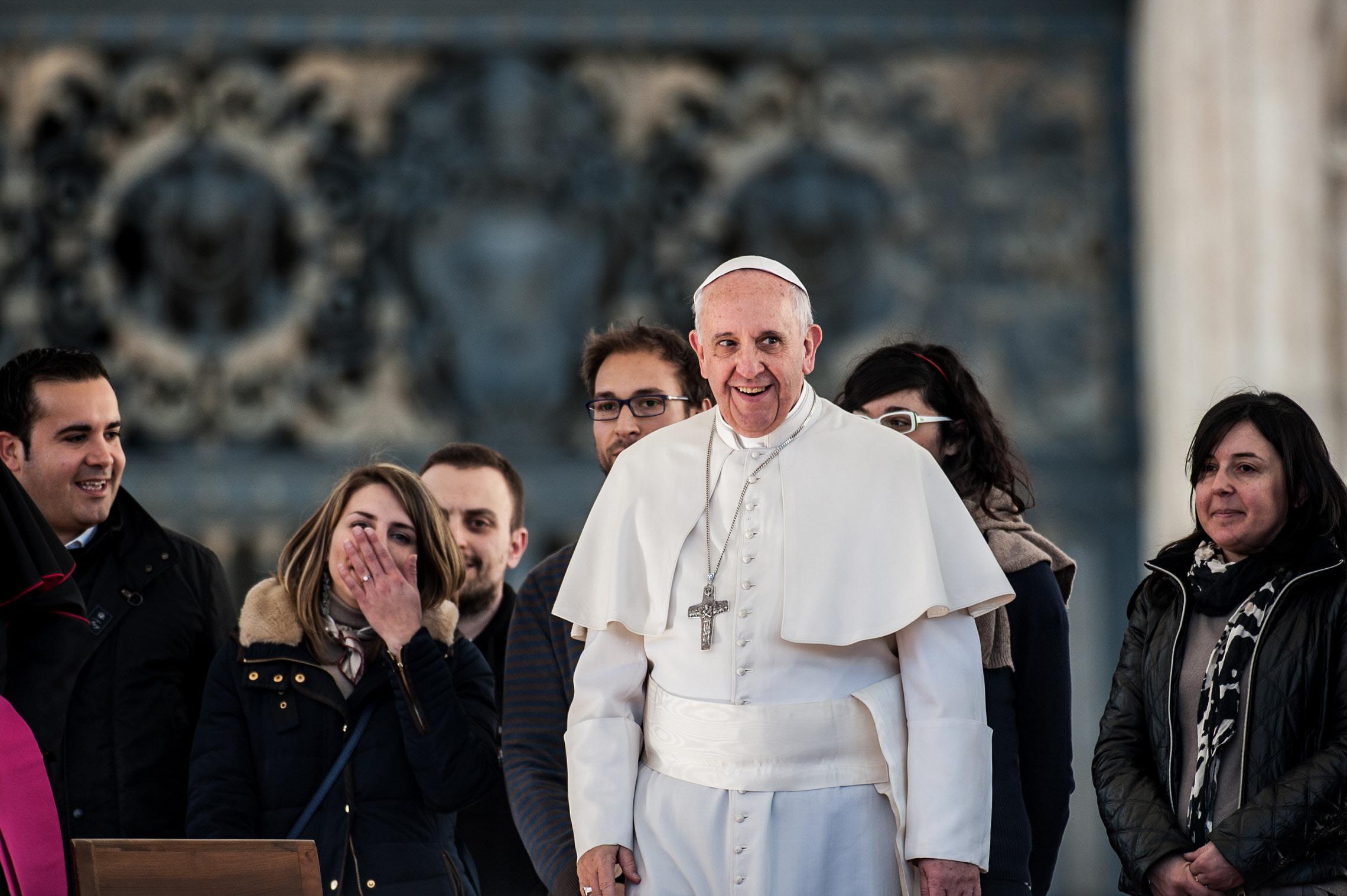 Comment s'habiller pour rencontrer le pape