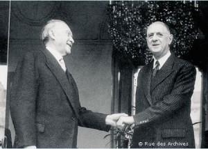 Charles de Gaulle (UNR) rencontra le chancelier Konrad Adenauer (CDU) le 14 septembre 1958, ce dernier fut à cette occasion le seul chef d'Etat reçu dans la maison familiale de la Boisserie à Colombey-les-deux-Eglises.