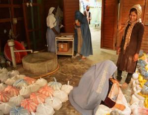 Les Sœurs de Mère Theresa assurent une présence de charité et d'amitié auprès des Afghans. La communauté chrétienne de Kaboul est entièrement composée d'étrangers, l'apostat étant condamné par l'Islam et punit de mort par le régime islamique, toute forme d'évangélisation est donc extrêmement dangereuse et pratiquement inexistante.
