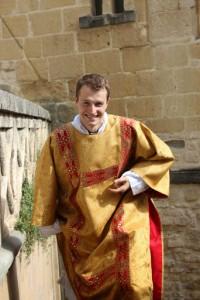 Nicolas Dumas après son ordination diaconale, en juin 2014