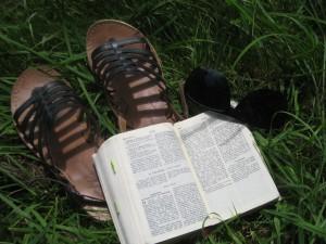 """La prière avec la Parole de Dieu, chemin de vie et de contemplation de ce """"Dieu-avec-nous"""""""