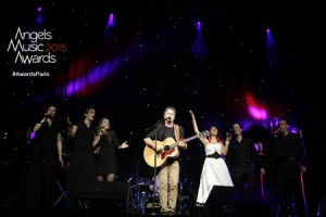 Le groupe Exo, avec Rona Hartner et les Dei Amoris Cantores