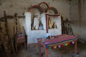 Chapelle en terre battue - pérou - iban - volontaire